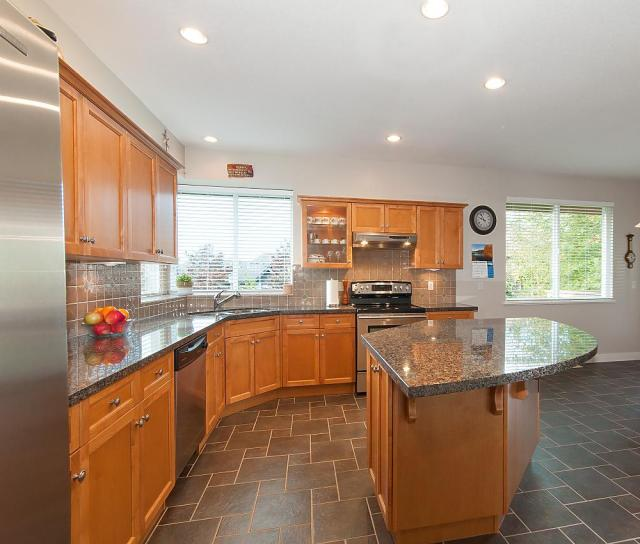 43 Maple Drive, Heritage Woods PM, Port Moody 3