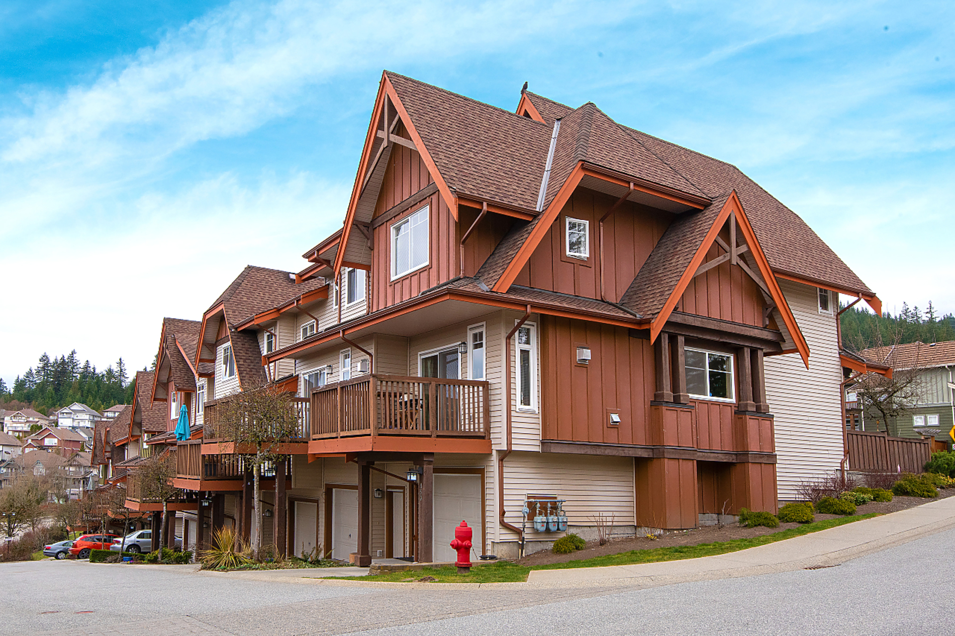 001 at 156 - 2000 Panorama Drive, Heritage Woods PM, Port Moody