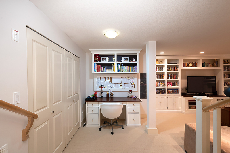 045 at 19 Hawthorn Drive, Heritage Woods PM, Port Moody
