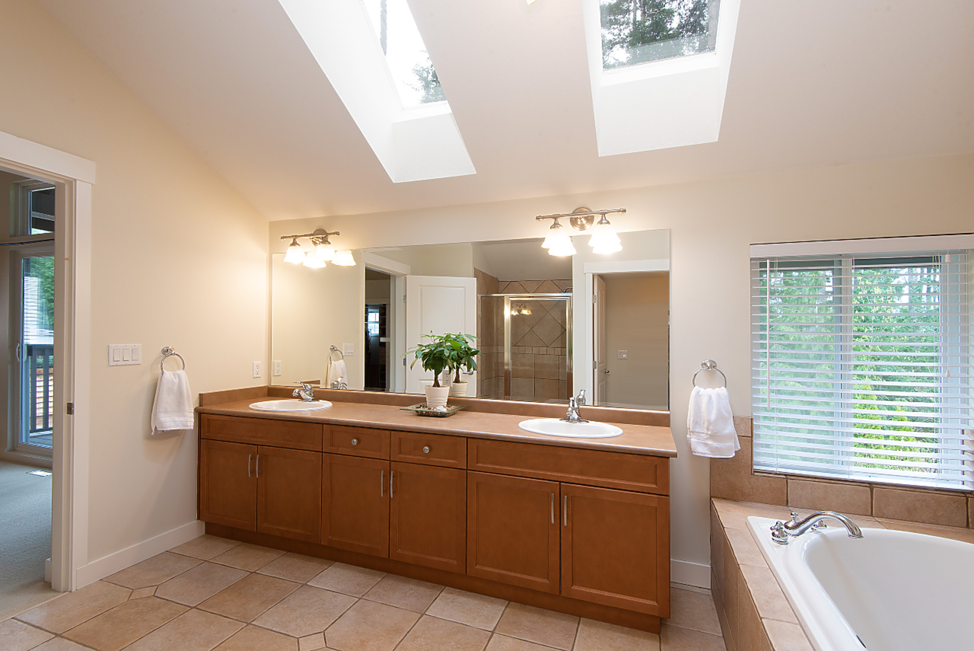 035 at 42 Cliffwood Drive, Heritage Woods PM, Port Moody