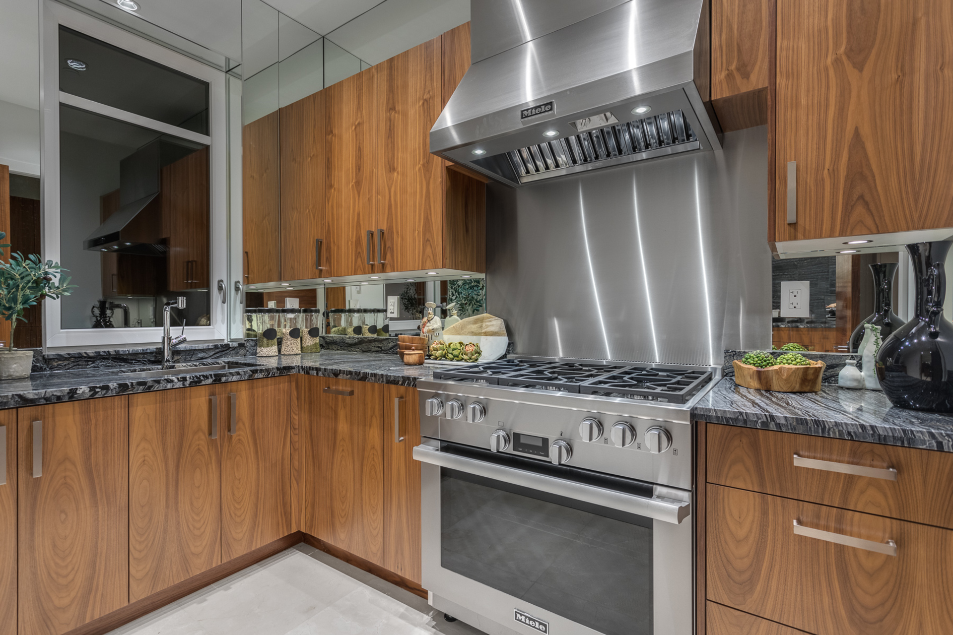 at 595 King Georges Way, British Properties (British Properties), West Vancouver