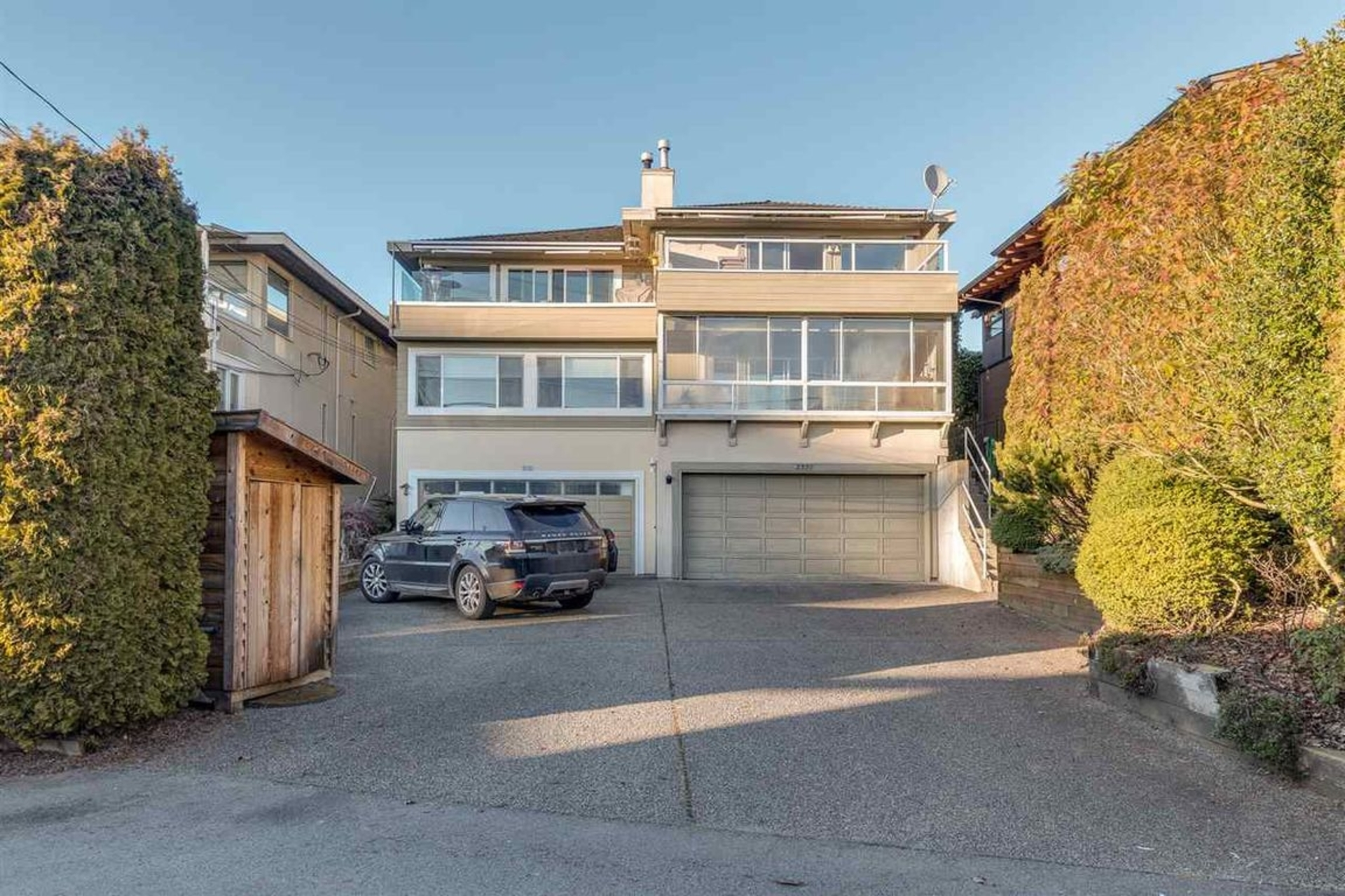 r234377220 at 2330 Marine Drive, Dundarave, West Vancouver