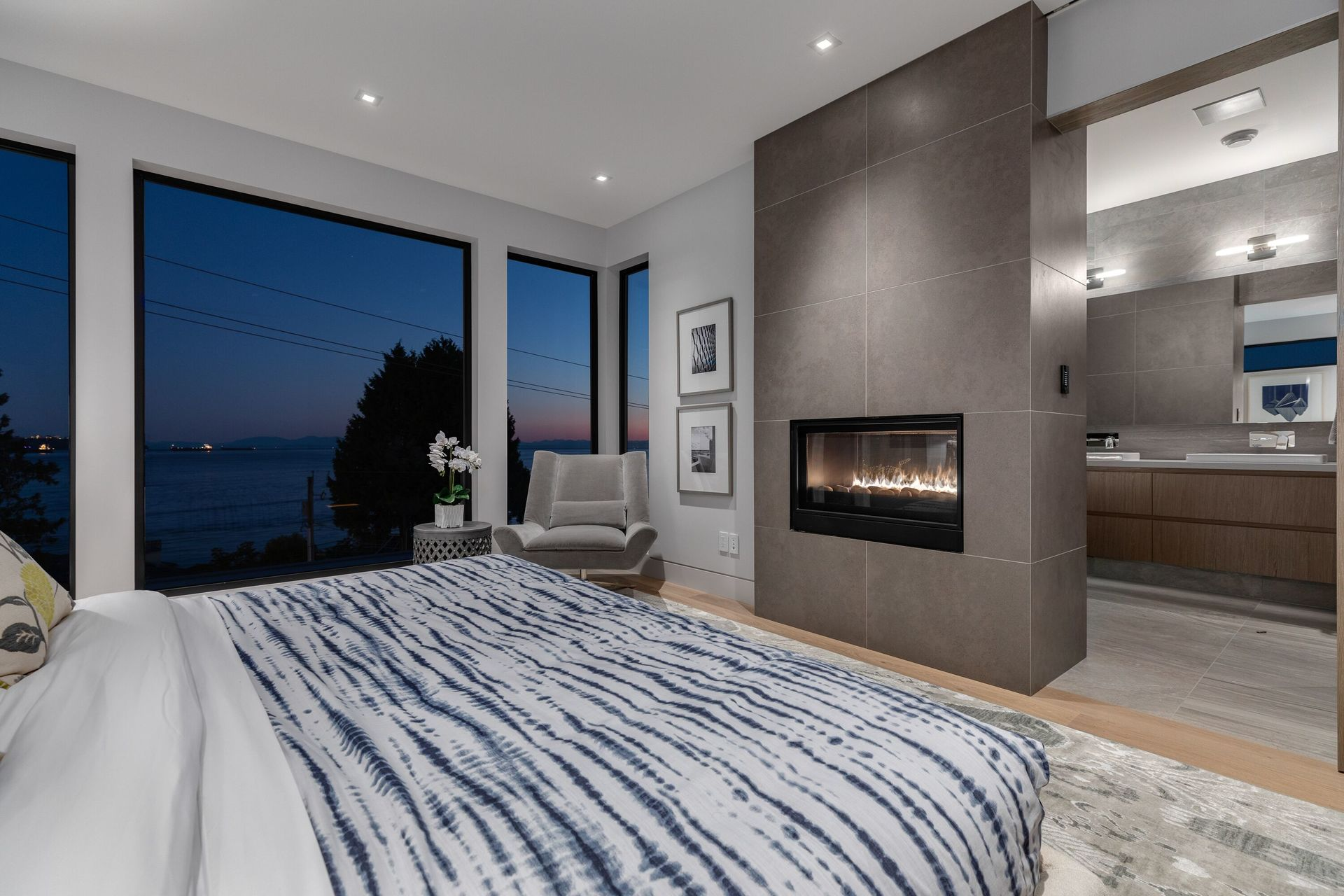 at 2611 Bellevue, Dundarave, West Vancouver