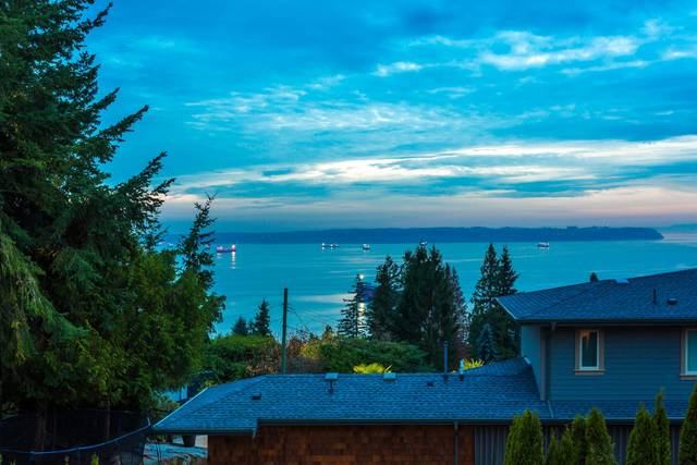 1j6a3057 at 4156 Burkehill Road, Bayridge, West Vancouver