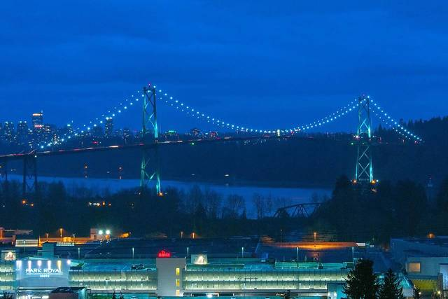 007 at 850 Esquimalt, Sentinel Hill, West Vancouver