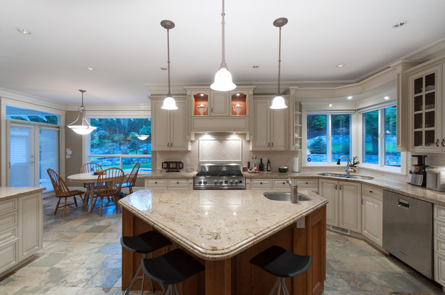 012 at 435 Southborough Drive, British Properties, West Vancouver