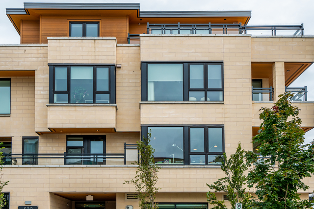 at 203 - 522 15th Street, Ambleside, West Vancouver