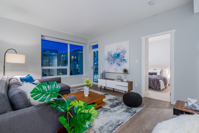 at 307 - 118 Carrie Cates Court, Lower Lonsdale, North Vancouver