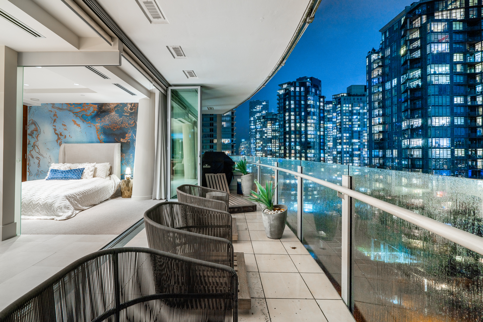 at 1702 - 1560 Homer Mews, Yaletown, Vancouver West