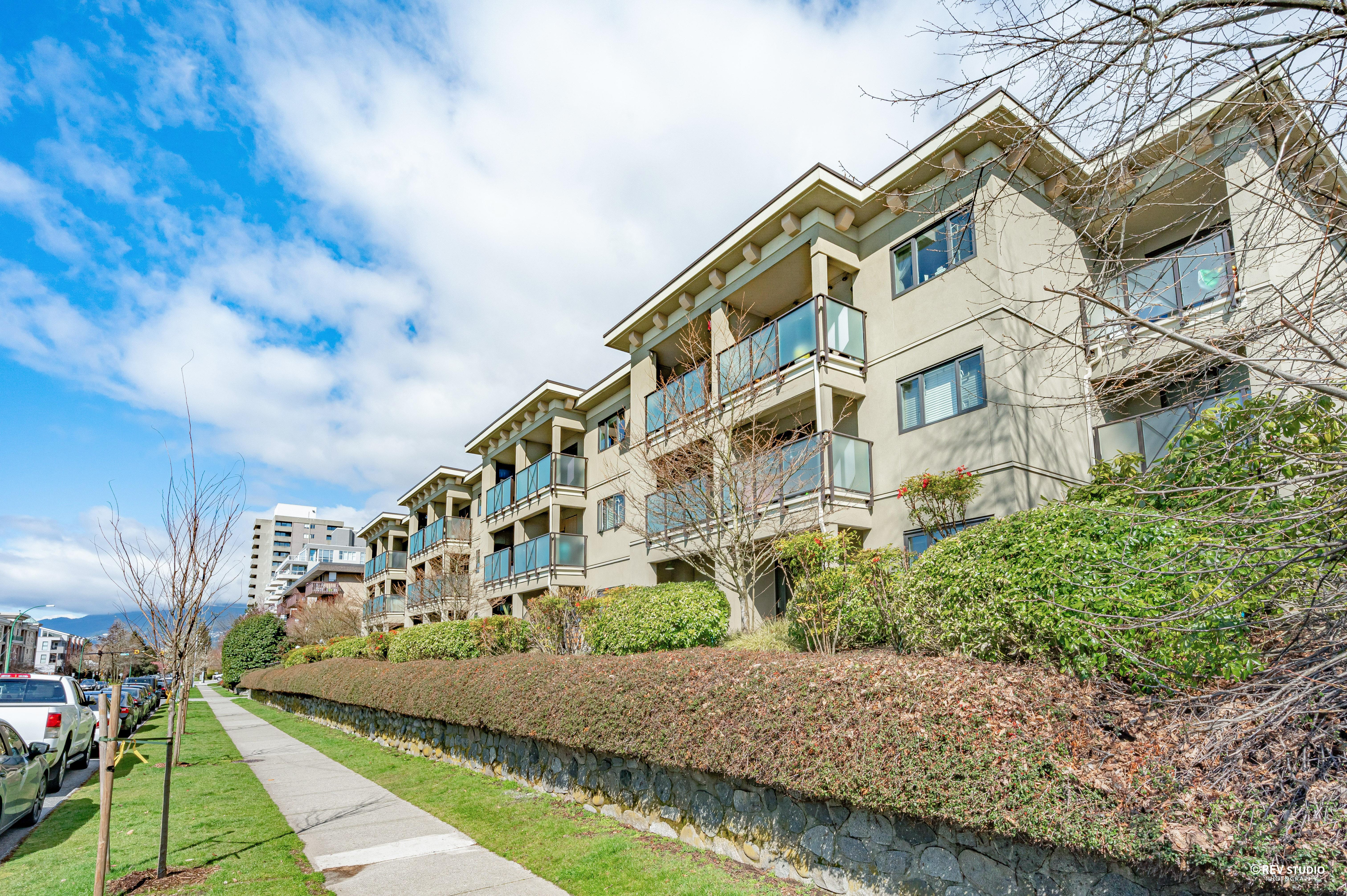 205 - 140 E 4th Street, Lower Lonsdale, North Vancouver