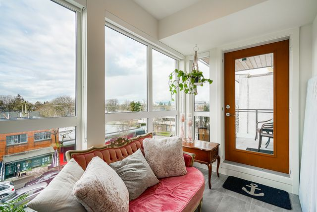 at 306 - 209 E 20th Avenue, Mount Pleasant VE, Vancouver East
