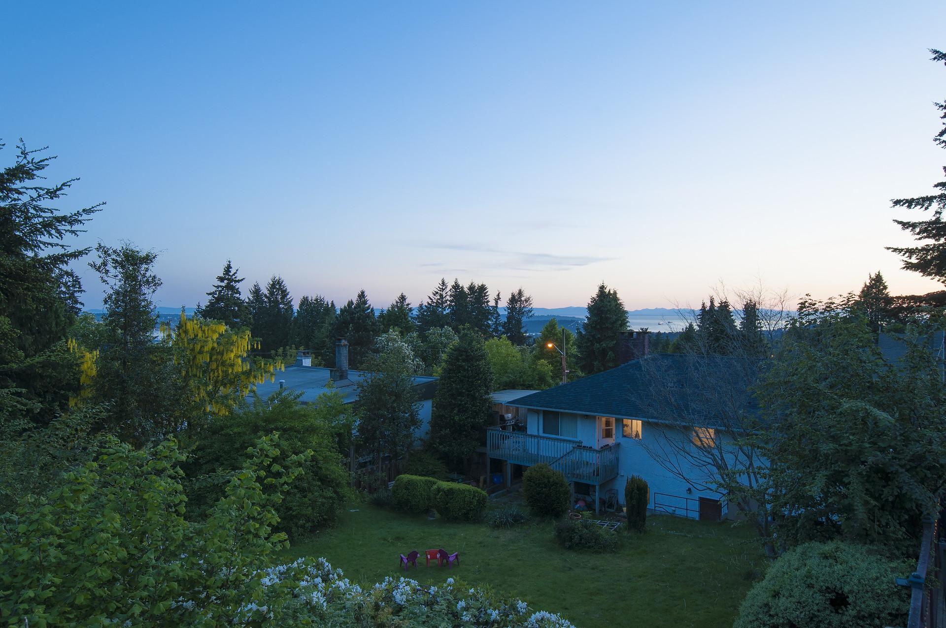 019 at 245 E Windsor Road, Upper Lonsdale, North Vancouver