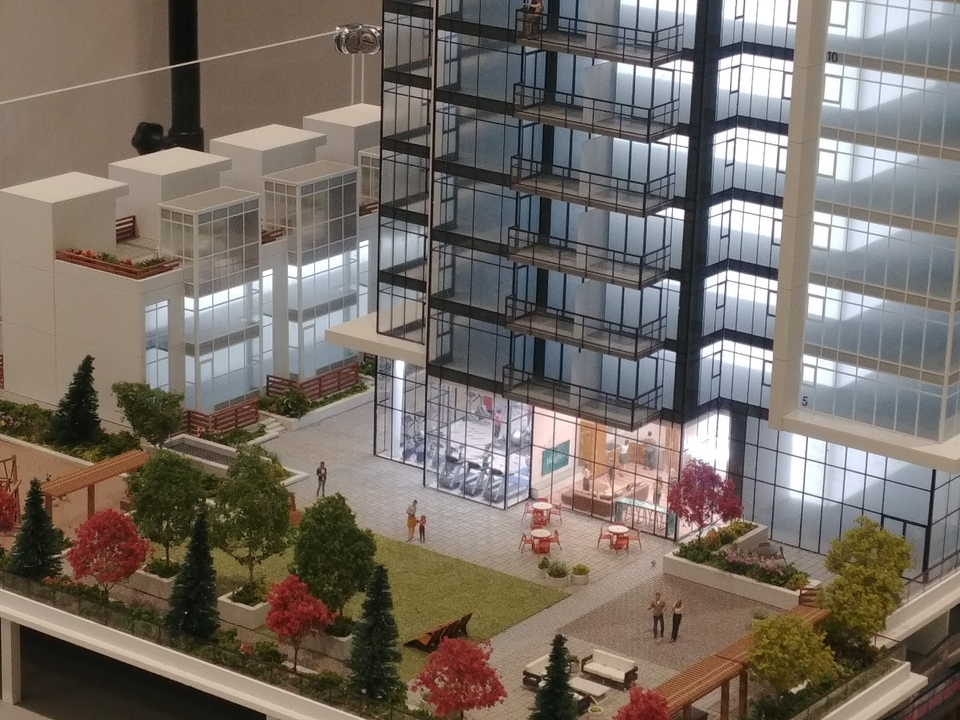 Close-up of communal terrace and city homes at West at The Heights on Austin (1029 Austin Avenue, Coquitlam West, Coquitlam)