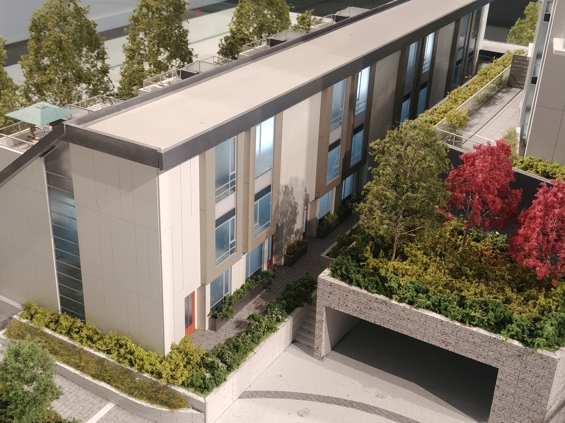 h21-townhomes-south-facade at Horizon 21 (218 Blue Mountain, Maillardville, Coquitlam)