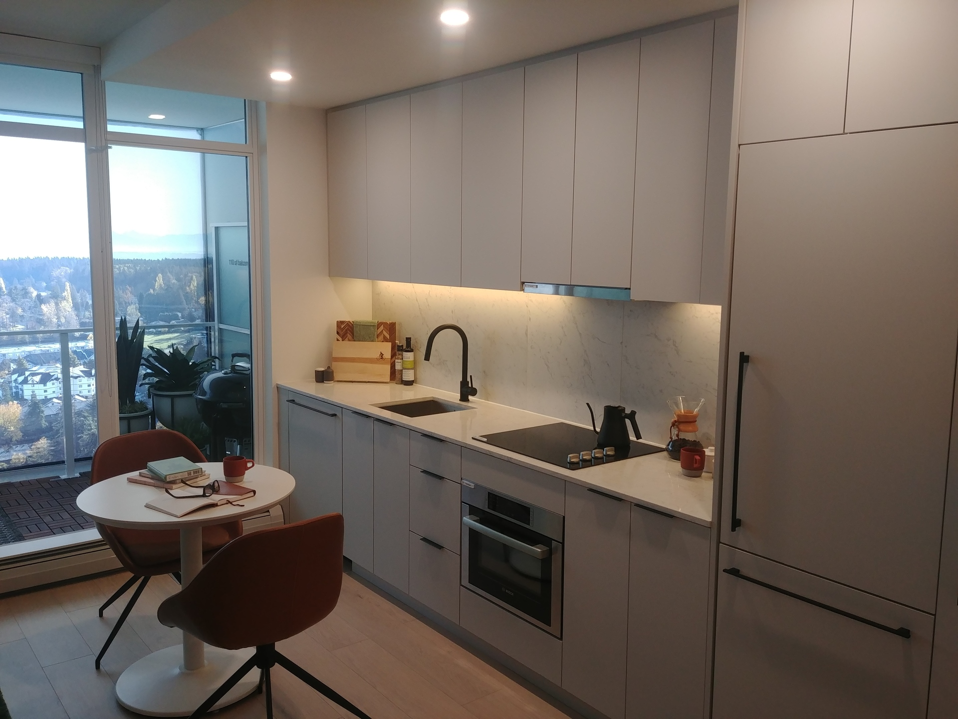 georgetown-one-studio-kitchen at Georgetown (13645 102 Avenue, Surrey Central (Central City), North Surrey)