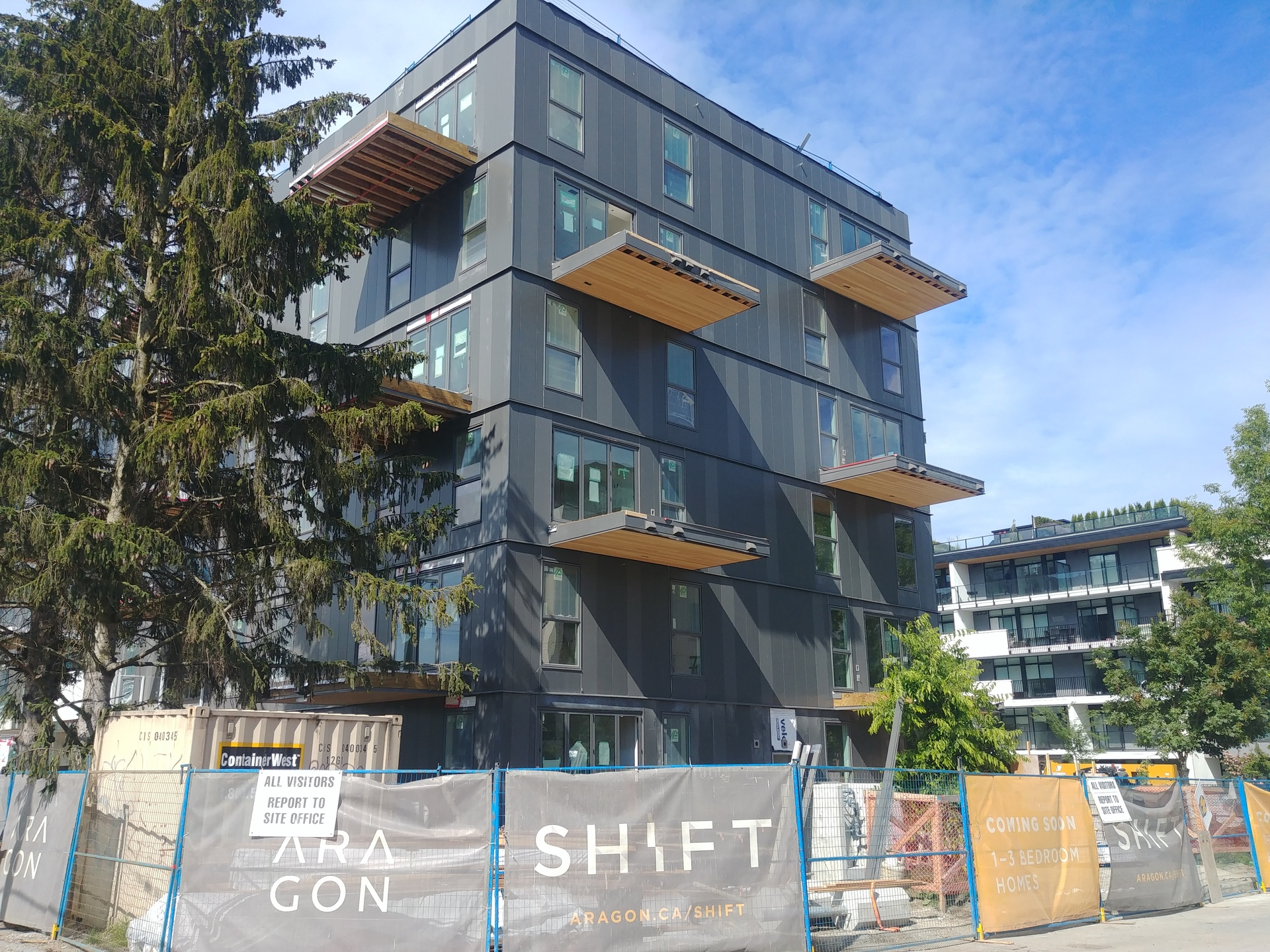 shift-south-exterior at Shift (5089 Quebec Street, Main, Vancouver East)