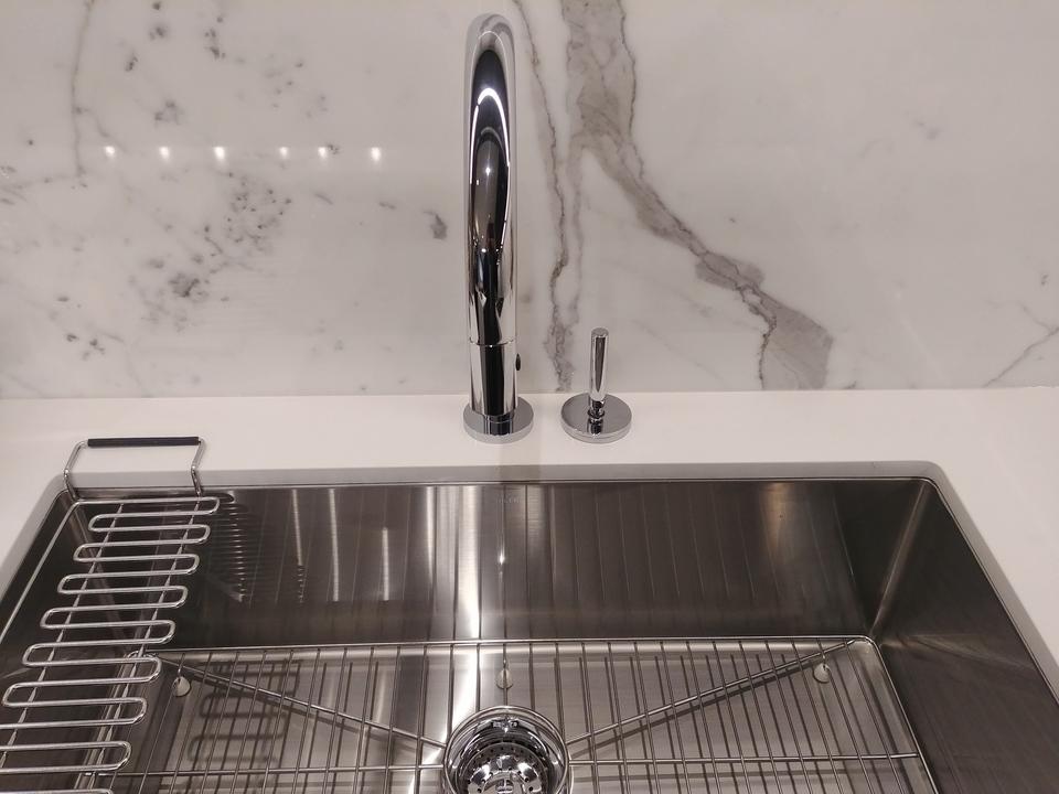davie-nicola-kitchen-sink at Davie and Nicola (1188 Nicola, West End VW, Vancouver West)