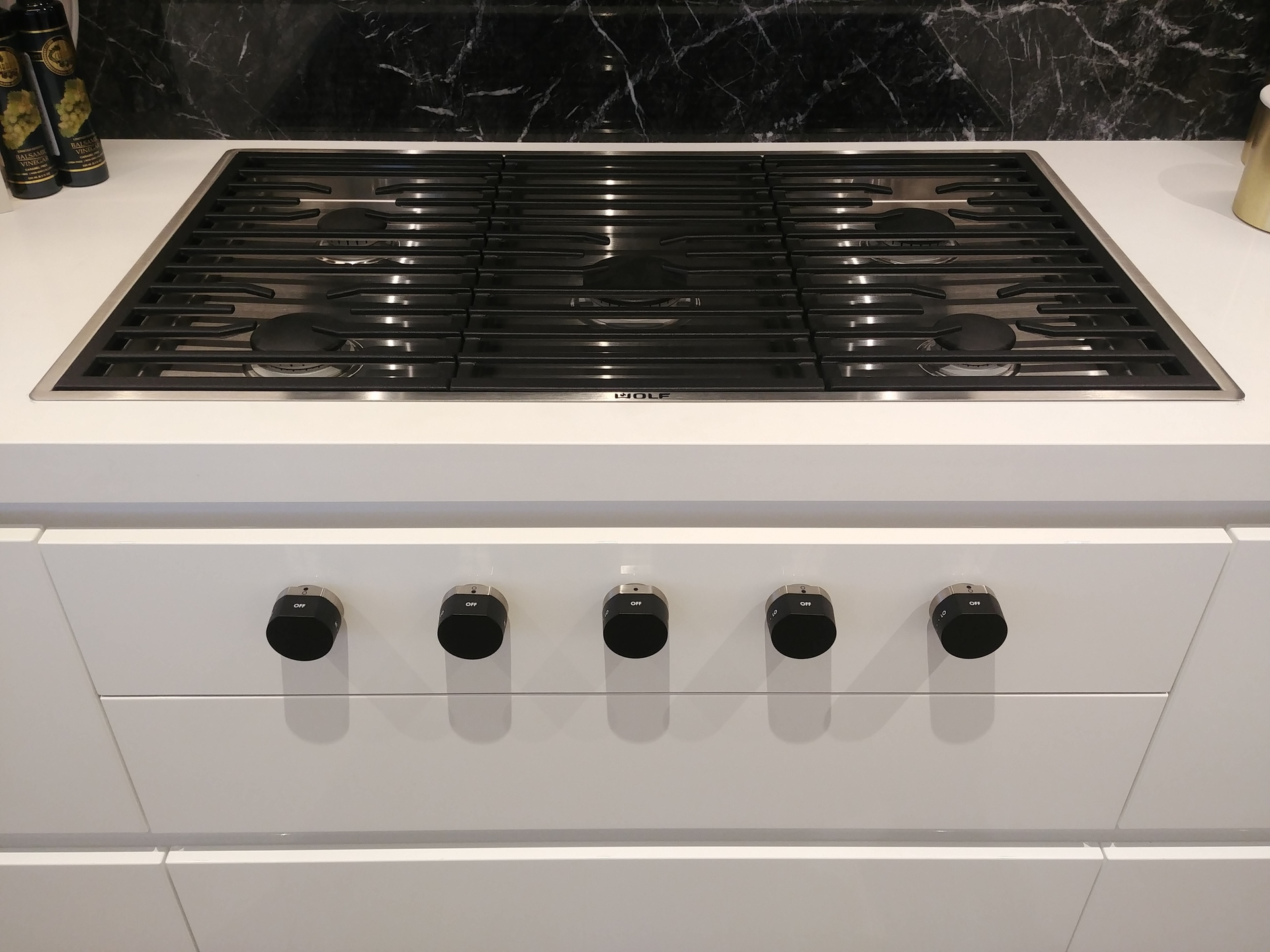 davie-nicola-wolf-36inch-flush-mount-gas-cooktop at Davie and Nicola (1188 Nicola, West End VW, Vancouver West)