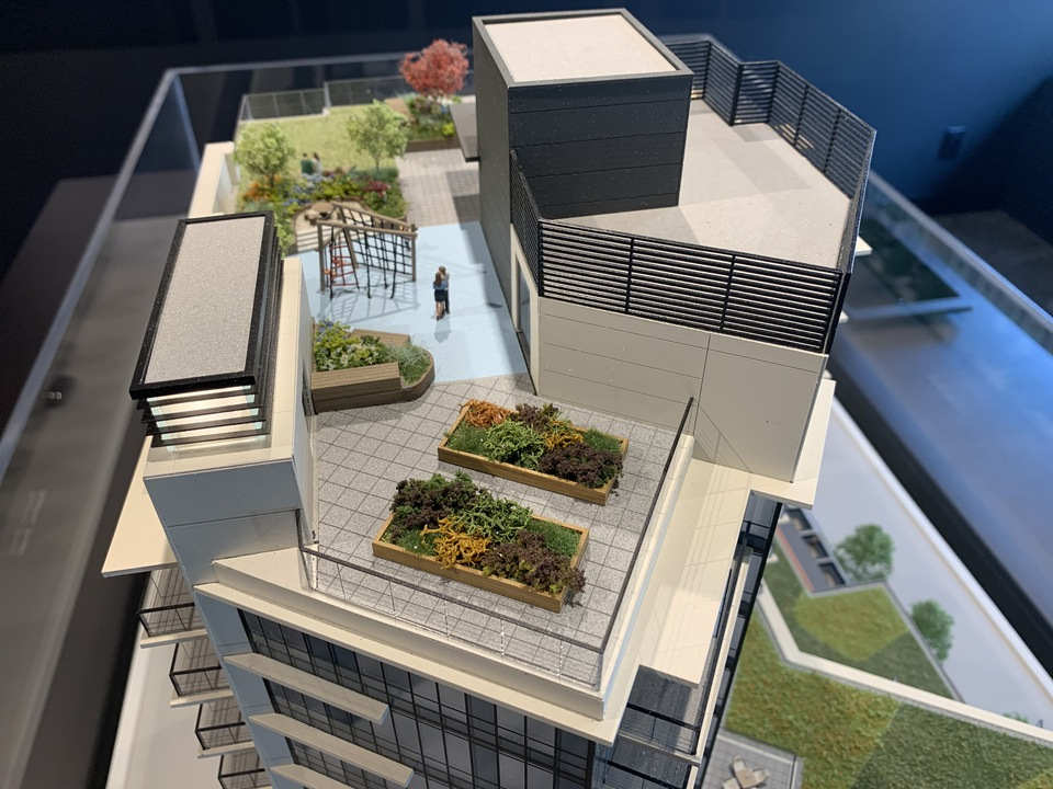 Format communal roof top amenity deck at FORMAT (1503 Kingsway Street, Knight, Vancouver East)