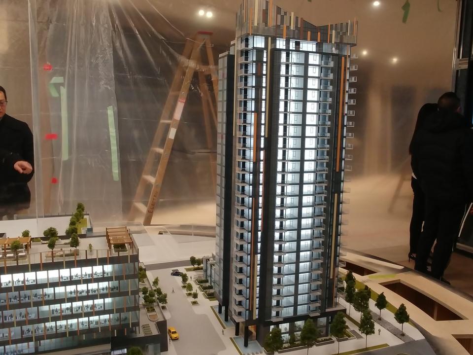 sun-towers_2 at Sun Towers 2 Metrotown (6380 Silver Avenue, Metrotown, Burnaby South)
