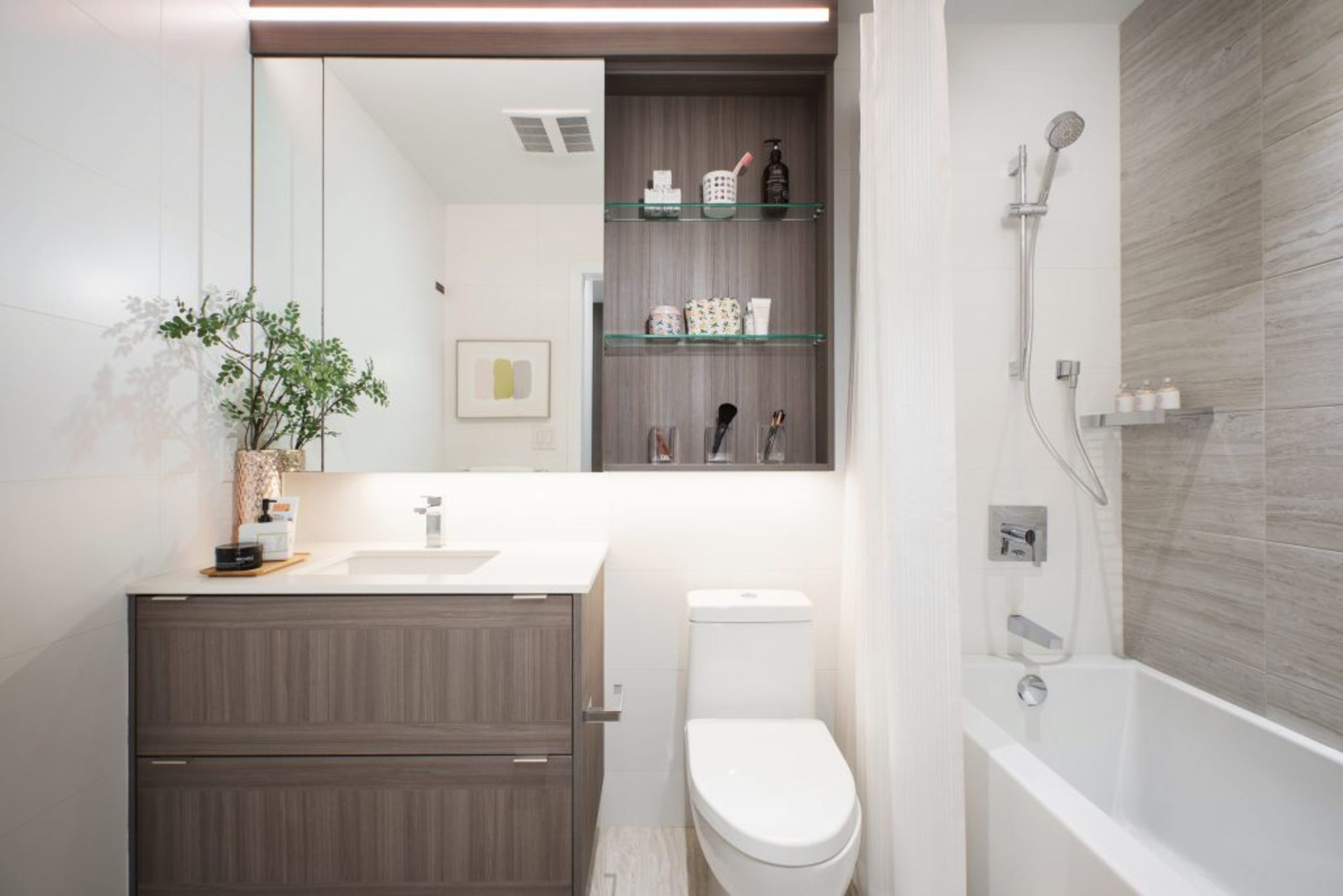 lumina-bathroom-2 at Waterfall  -  Lumina (2425 Beta Avenue, Brentwood Park, Burnaby North)
