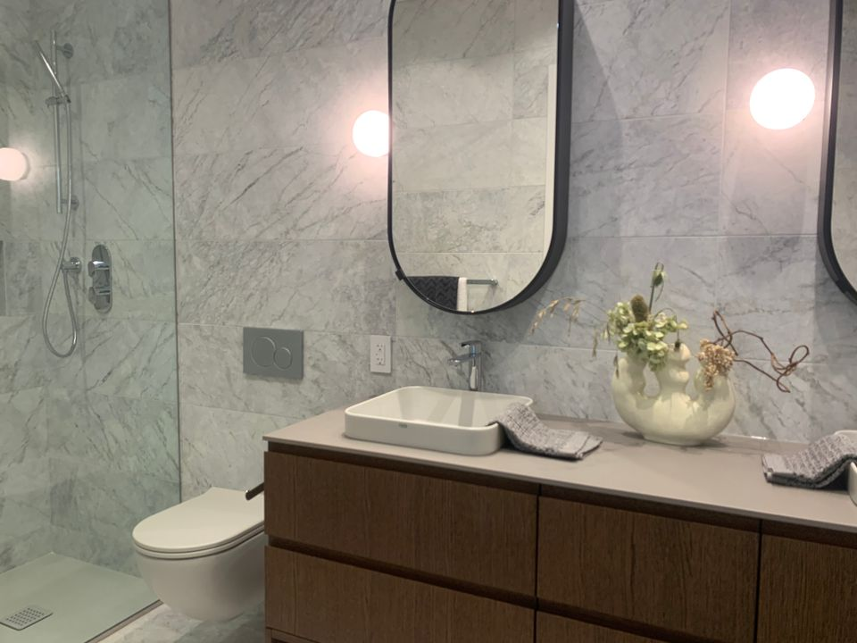 Ensuite in walnut colour scheme at Two Burrard Place (1223 Hornby Street, Downtown VW, Vancouver West)