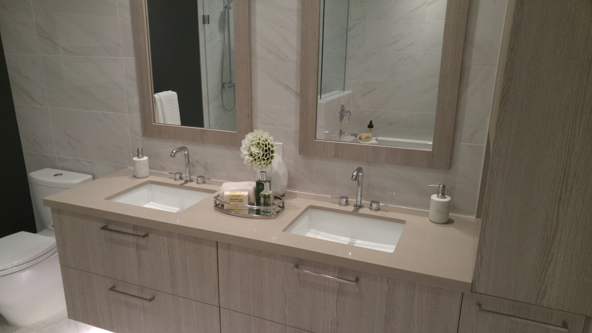green-on-queensbury-ensuite-vanity at 708 East Third, Queensbury, North Vancouver