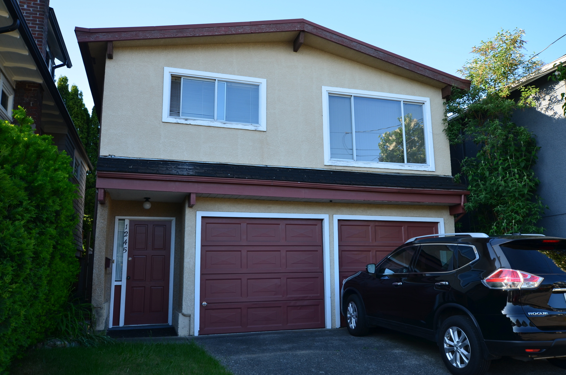 1245 E King Edward Ave Cheap house for sale Vancouver at 1245 E King Edward Avenue, Knight, Vancouver East