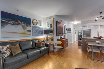 Condo For Sale in The Taylor at 2405 - 550 Taylor Street, Downtown VW, Vancouver West