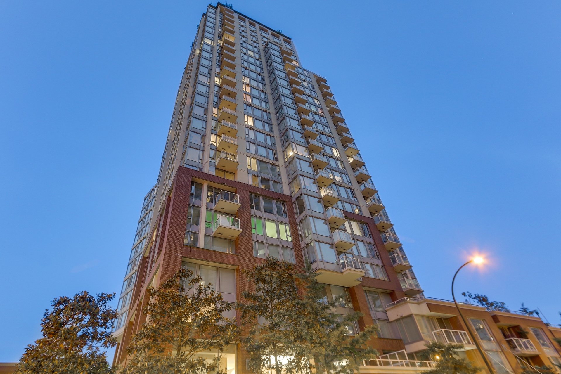 The Taylor  2405 - 550 Taylor Street, Downtown VW, Vancouver West Condo For Sale at 2405 - 550 Taylor Street, Downtown VW, Vancouver West