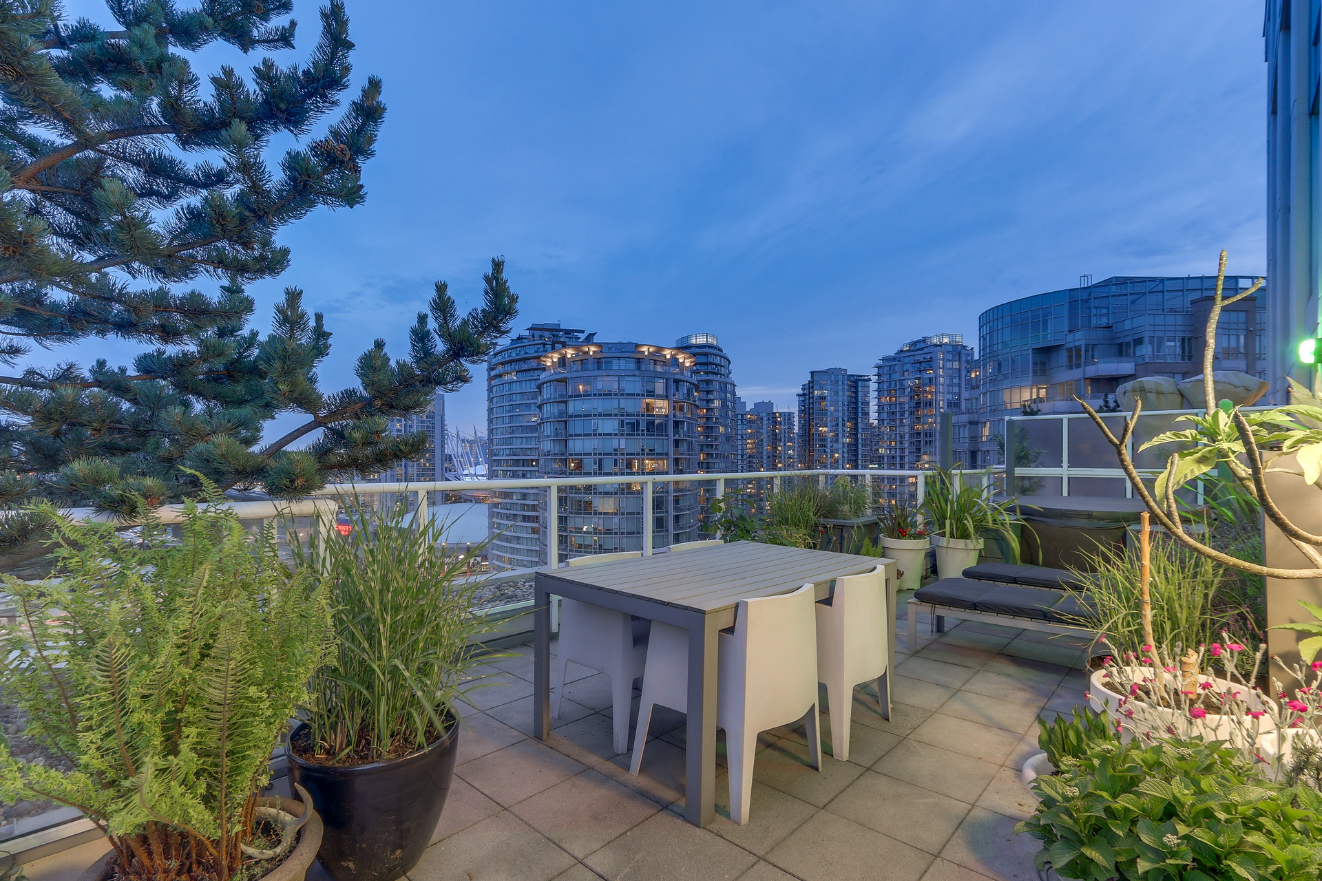 Private Terrace 2405 - 550 Taylor Street, Downtown VW, Vancouver West at 2405 - 550 Taylor Street, Downtown VW, Vancouver West