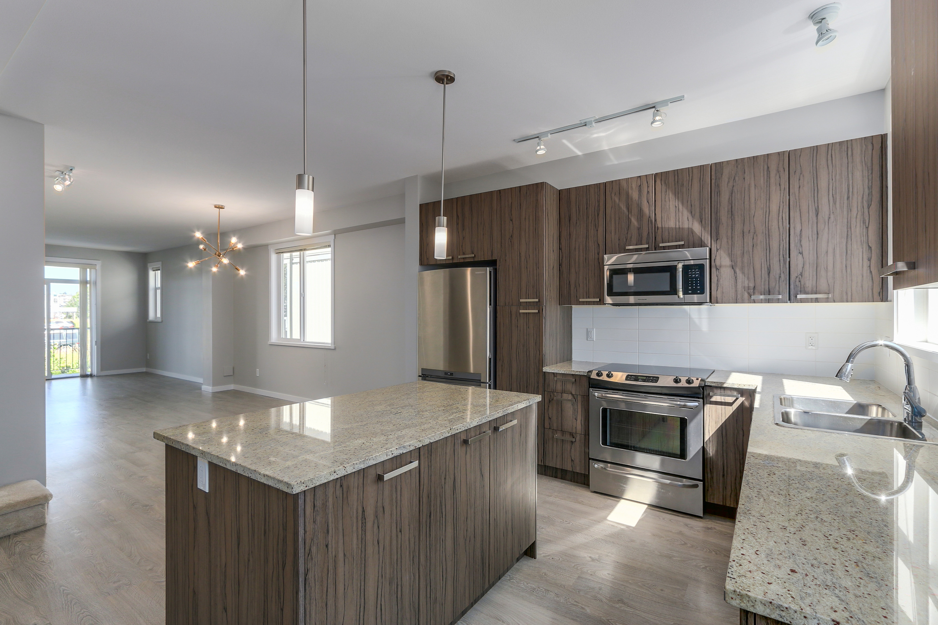 55 8355 164 Street, Surrey BC Granite Countertops at 55 - 8355 164 Street, Fleetwood Tynehead, Surrey