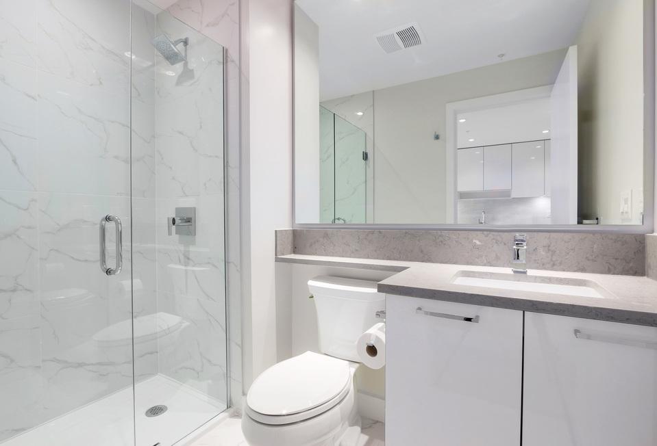 Ensuite bathroom at 3610 - 1788 Gilmore Avenue, Willingdon Heights, Burnaby North