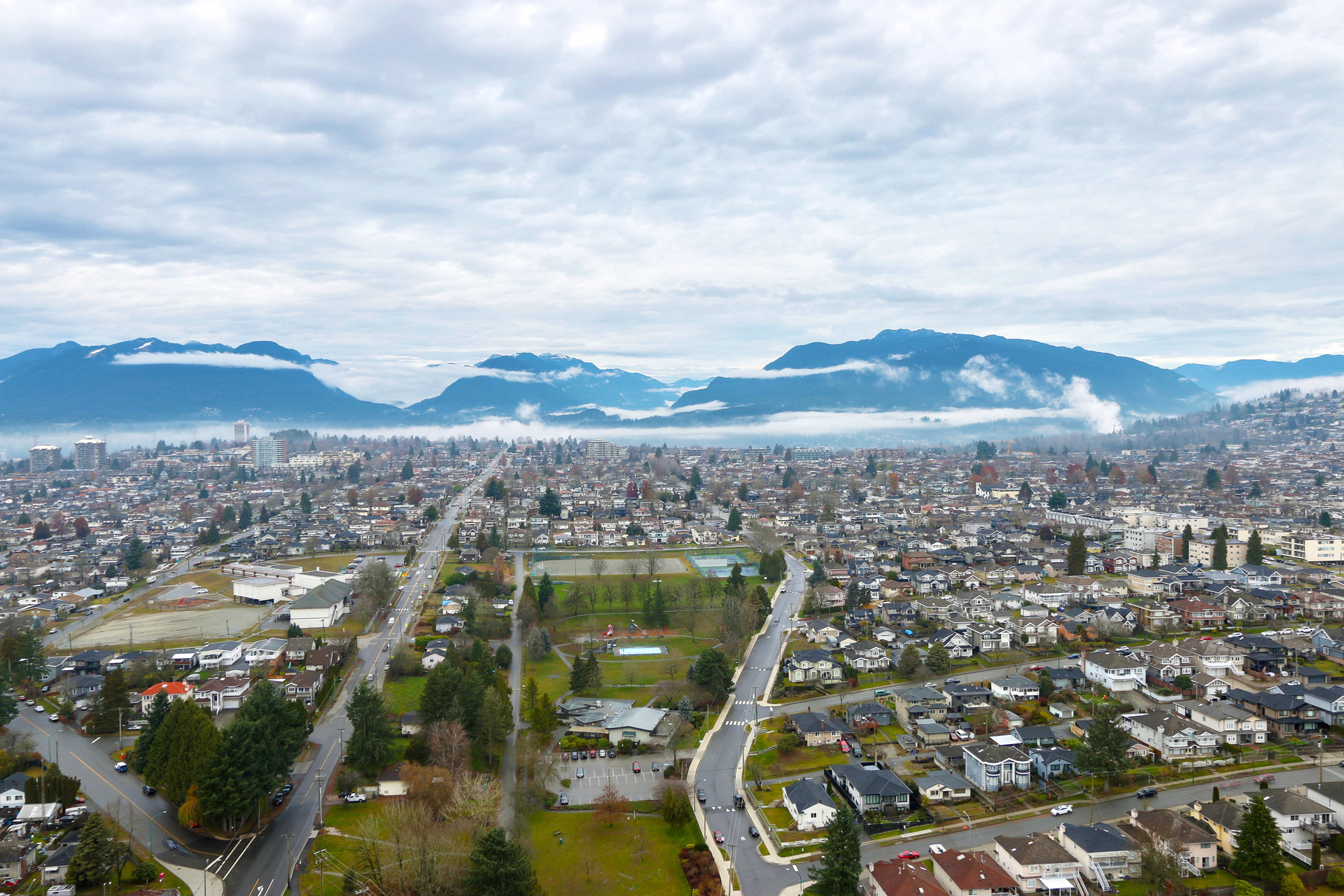 Mountain views at 3610 - 1788 Gilmore Avenue, Willingdon Heights, Burnaby North