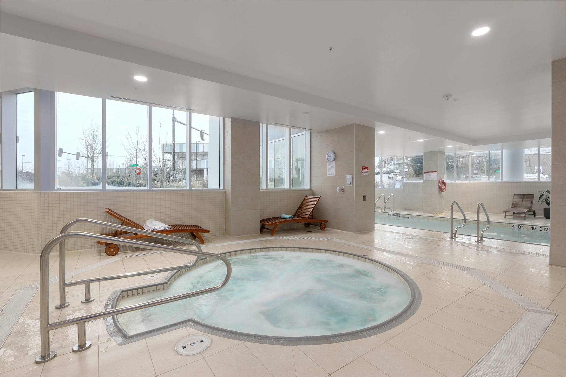 Hot tub at 3610 - 1788 Gilmore Avenue, Willingdon Heights, Burnaby North