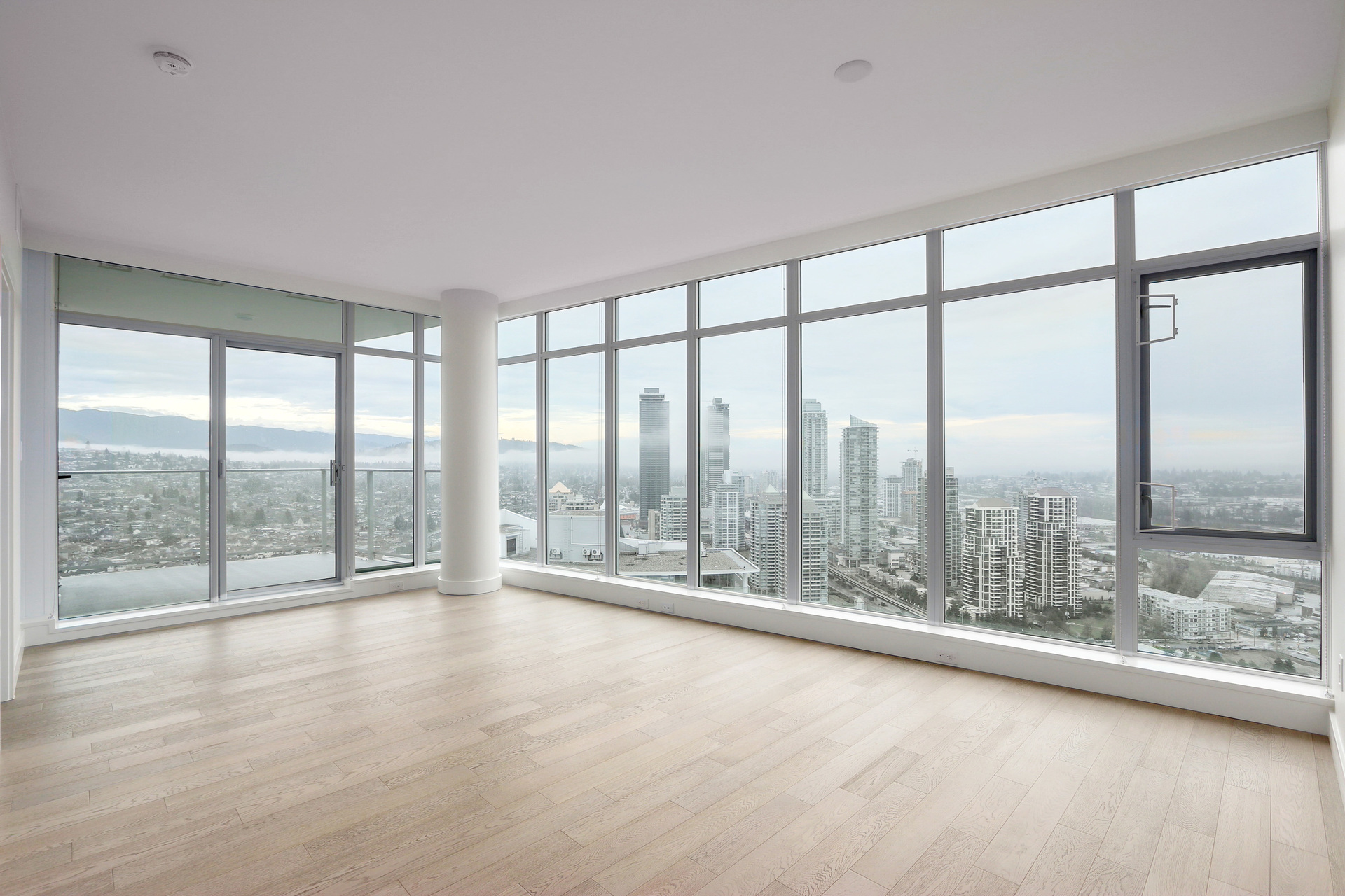 Fabulous Mountain and City Views at 3610 - 1788 Gilmore Avenue, Willingdon Heights, Burnaby North