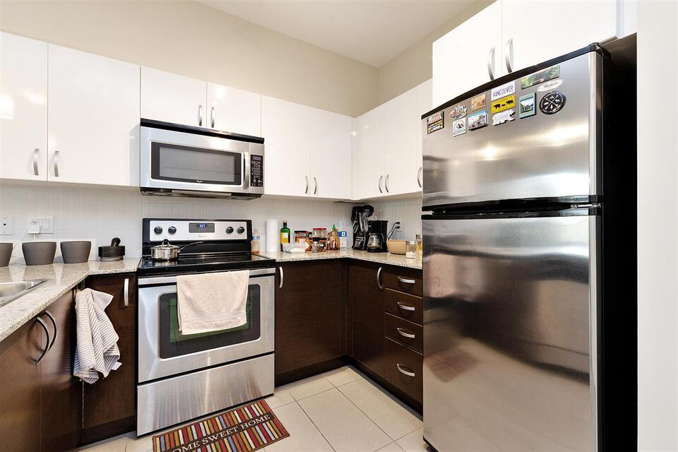 13728-108-avenue-whalley-north-surrey-09 at 434 - 13728 108 Avenue, Whalley, North Surrey