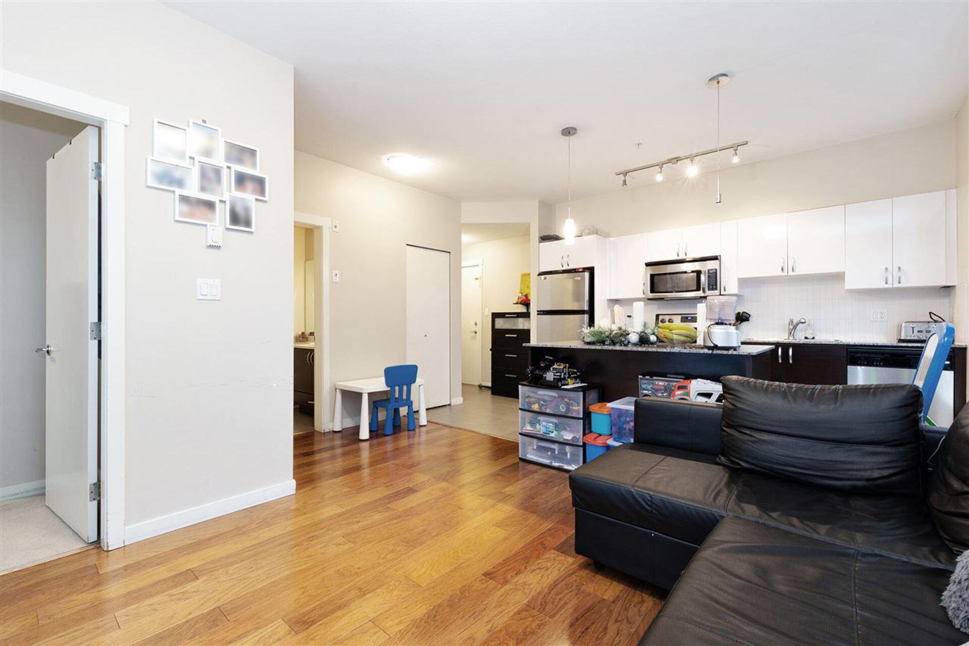 13728-108-avenue-whalley-north-surrey-05 at 309 - 13728 108 Avenue, Whalley, North Surrey