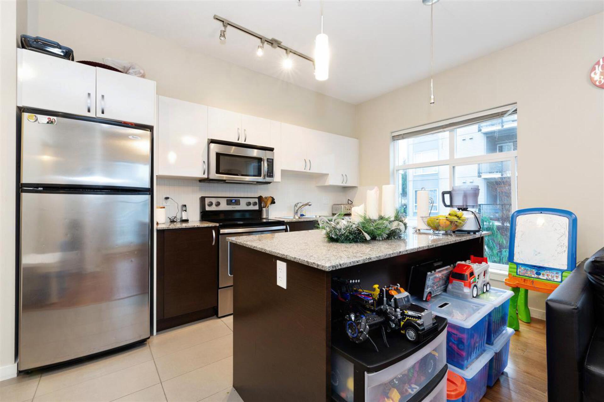 13728-108-avenue-whalley-north-surrey-08 at 309 - 13728 108 Avenue, Whalley, North Surrey