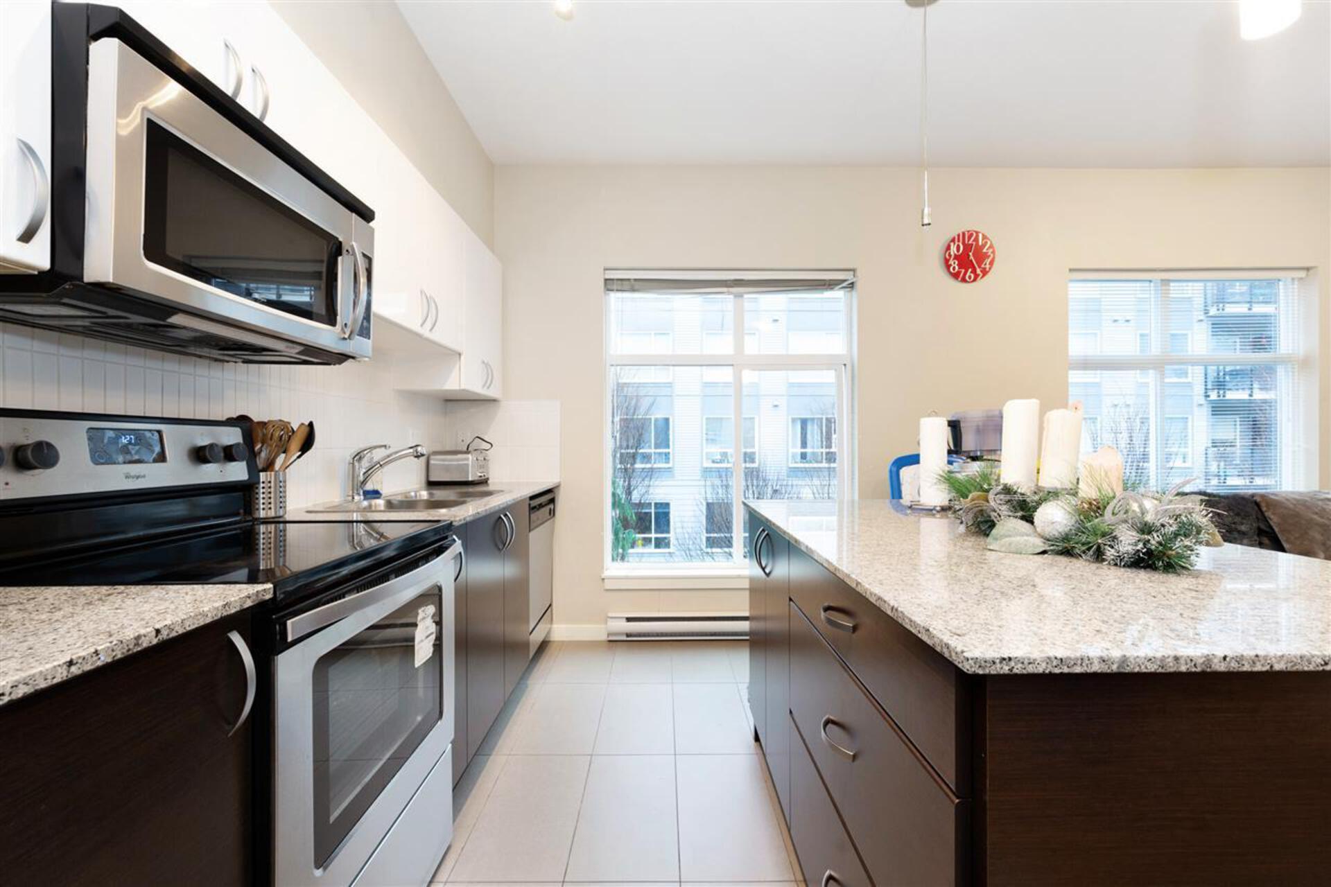 13728-108-avenue-whalley-north-surrey-09 at 309 - 13728 108 Avenue, Whalley, North Surrey