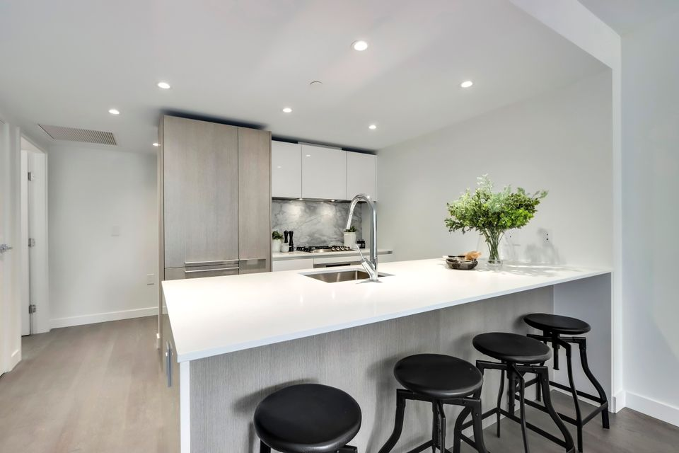 10 at 1211 - 1111 Richards Street, Yaletown, Vancouver West