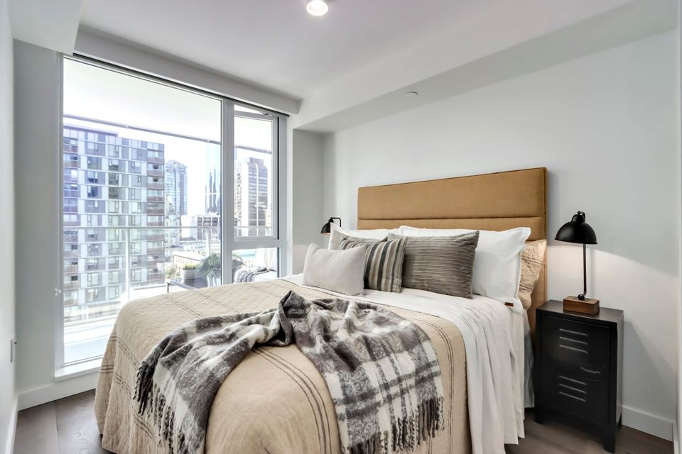 14 at 1211 - 1111 Richards Street, Yaletown, Vancouver West