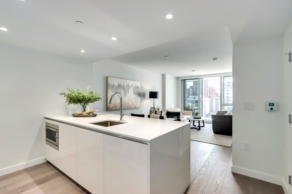 2 at 1211 - 1111 Richards Street, Yaletown, Vancouver West