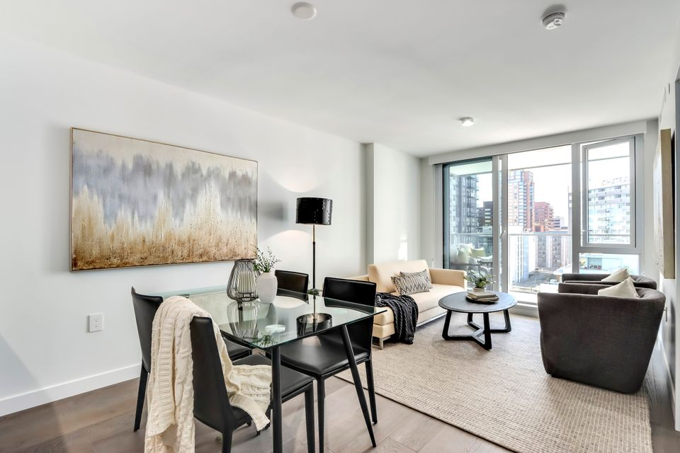 3 at 1211 - 1111 Richards Street, Yaletown, Vancouver West
