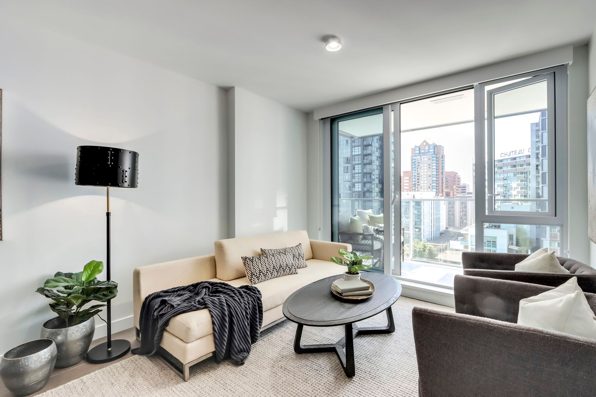 4 at 1211 - 1111 Richards Street, Yaletown, Vancouver West