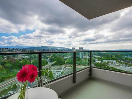 one-plus-den-affinity-2-view-of-mountains at 2205 - 2232 Douglas Road, Brentwood Park, Burnaby North