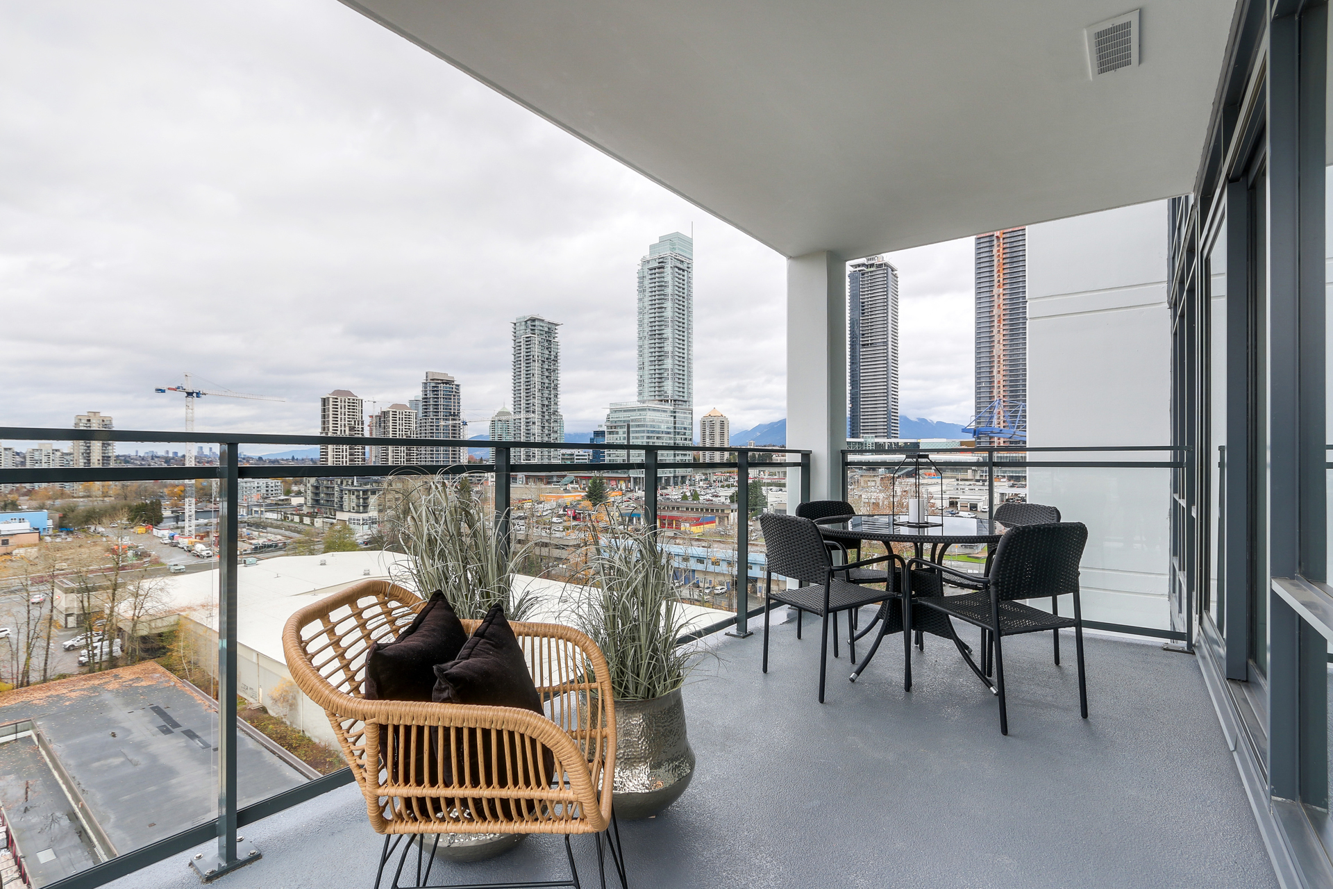 1606 - 2378 Alpha Avenue, Brentwood Park, Burnaby North
