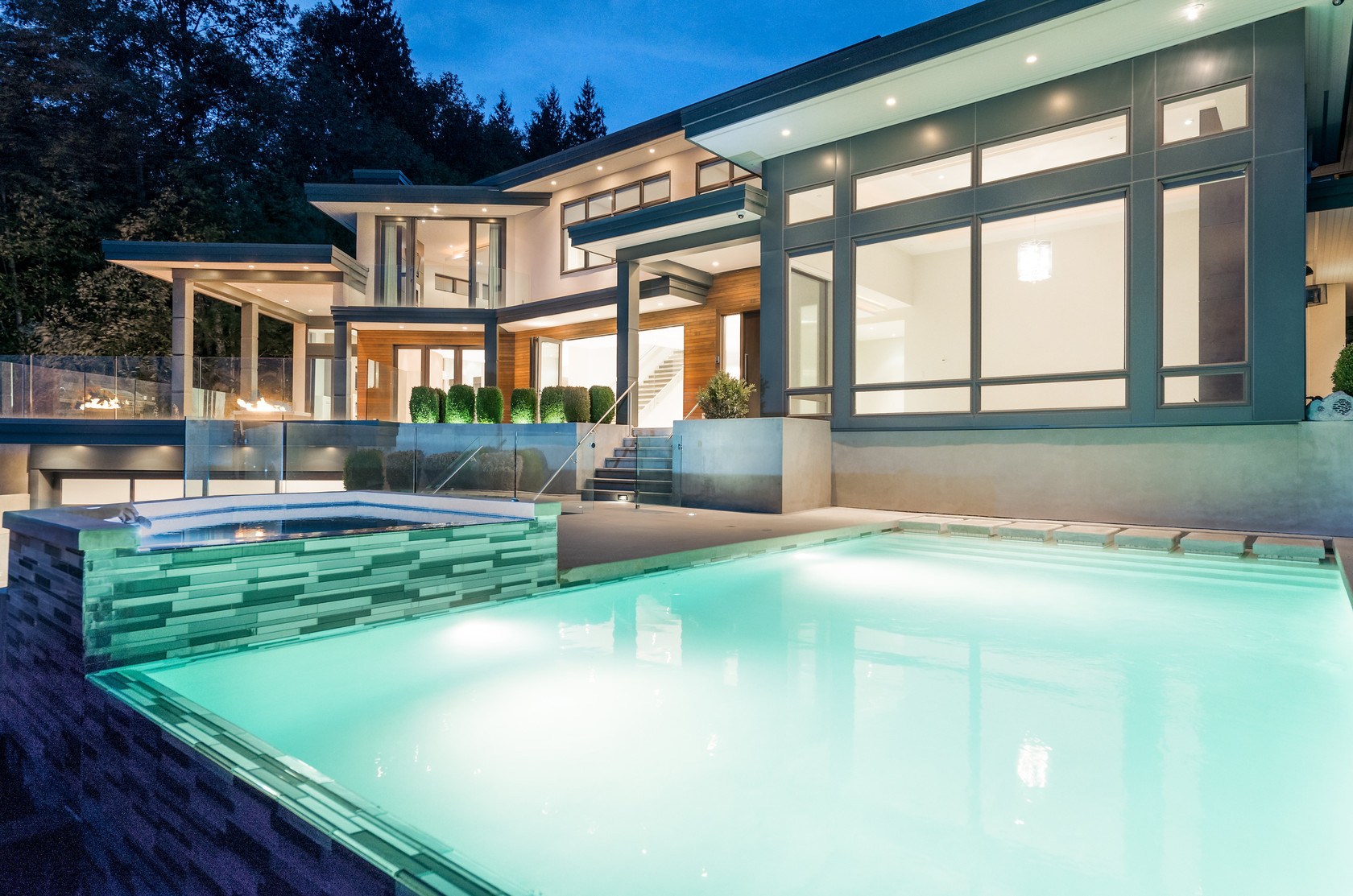 002 at 1495 Bramwell Road, Chartwell, West Vancouver