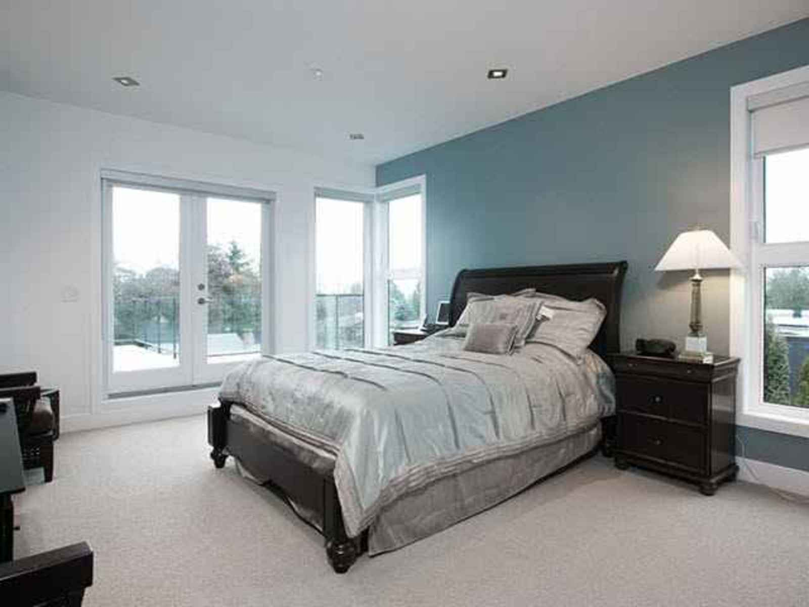 261916479-9 at 1838 Mathers Court, Ambleside, West Vancouver