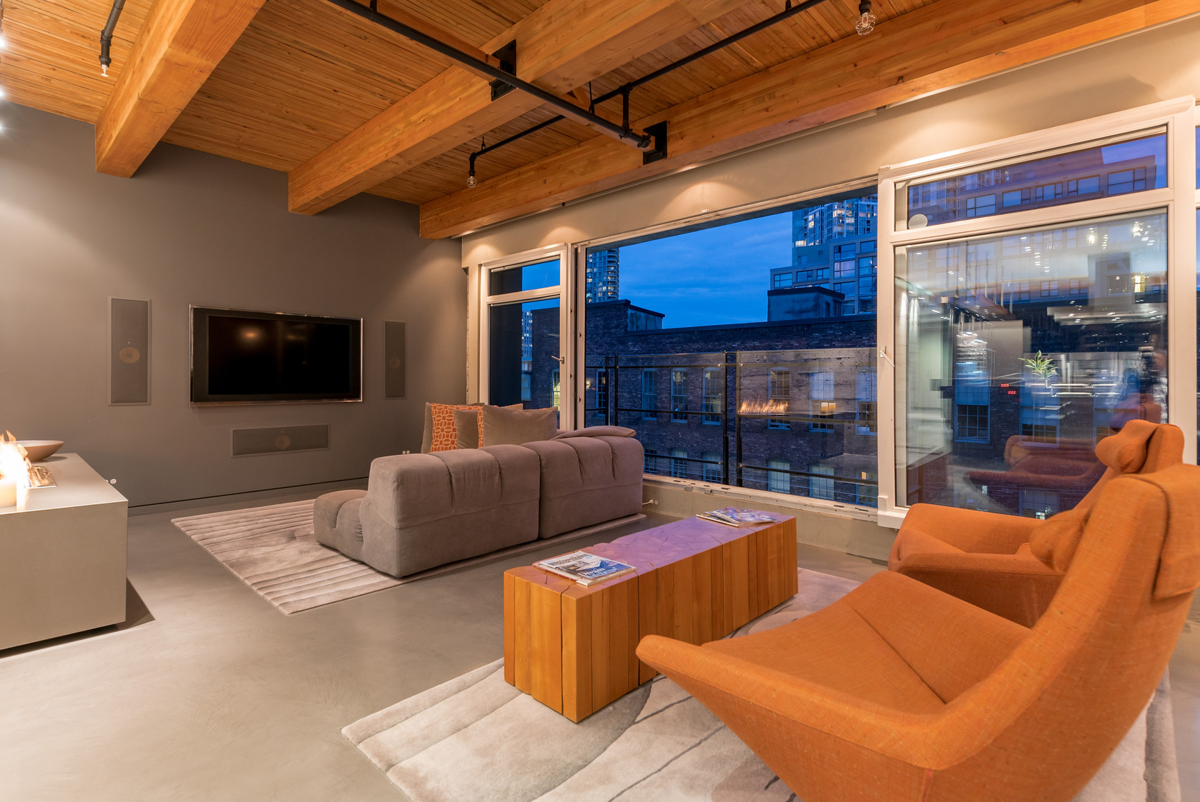 003 at 506 - 1155 Mainland Street, Yaletown, Vancouver West